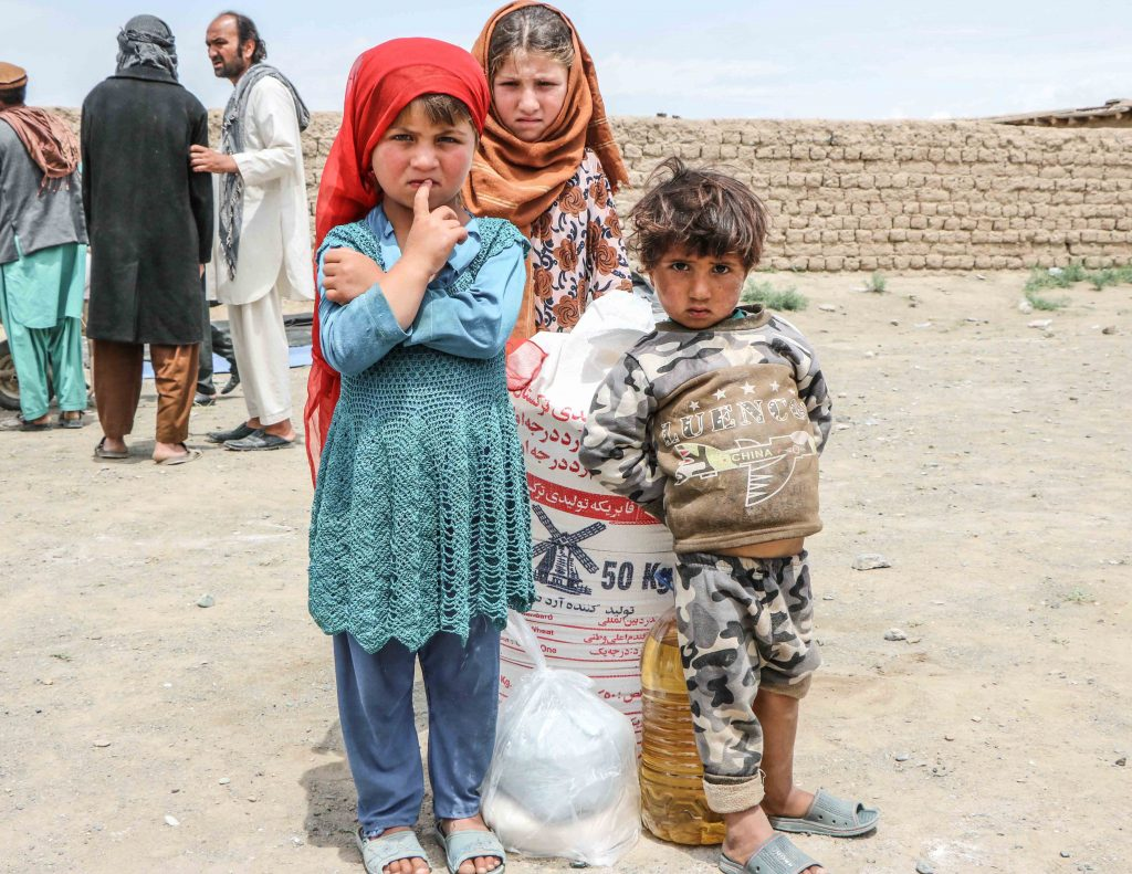 'Children with food donation' Mahboba's Promise Afghanistan